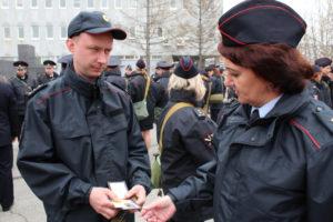 С какого числа переход на летнюю форму полиции